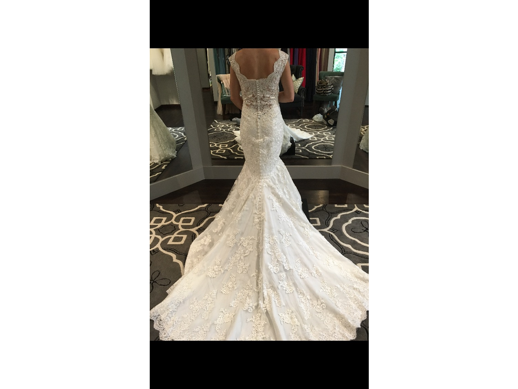 Wedding Dresses For USD 800 : Allure bridals buy this dress for a fraction of the salon price