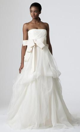 Vera wang dinah 700 size 8 used wedding dresses for Used vera wang wedding dress