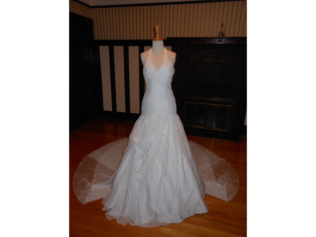 Sincerity 99 size 6 sample wedding dresses for 901 salon prices