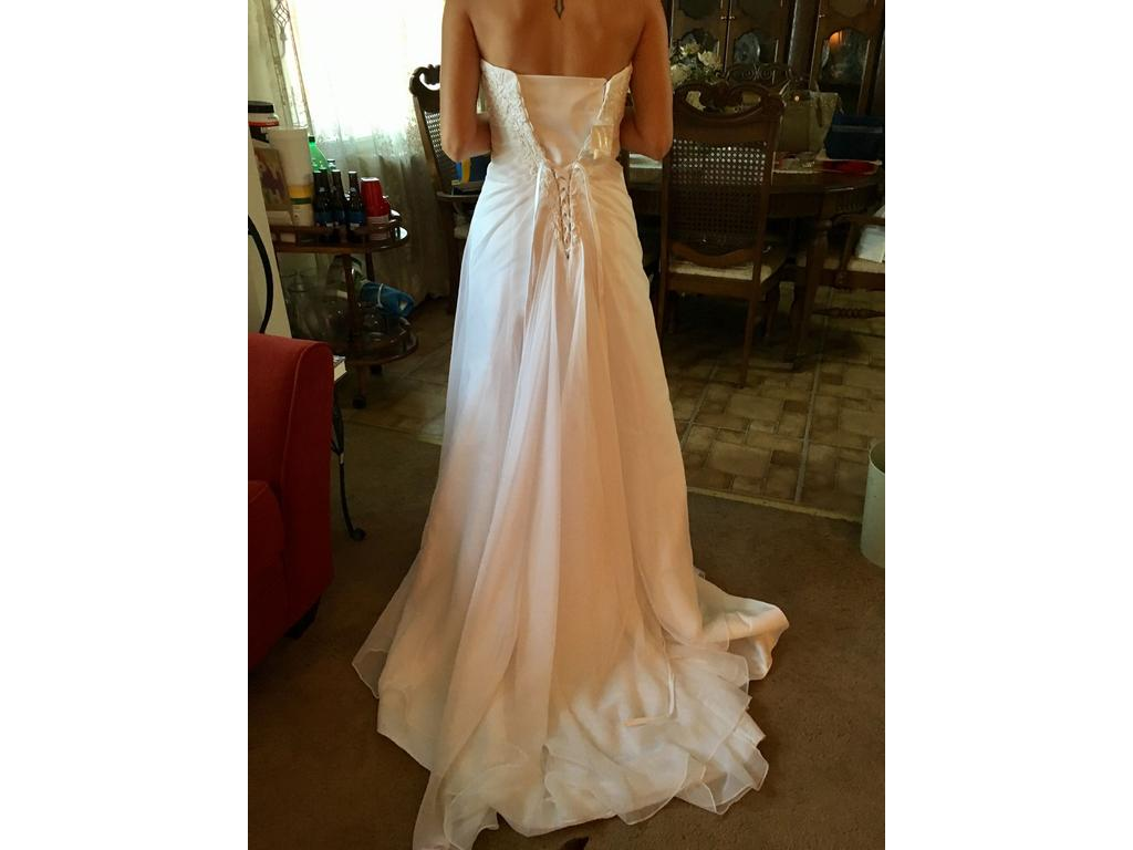 David 39 s bridal 600 size 4 new un altered wedding dresses for Davidsbridal com wedding dresses