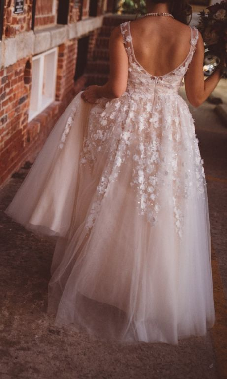 BHLDN Ariane Gown (37820313), $899 Size: 2 | Used Wedding Dresses
