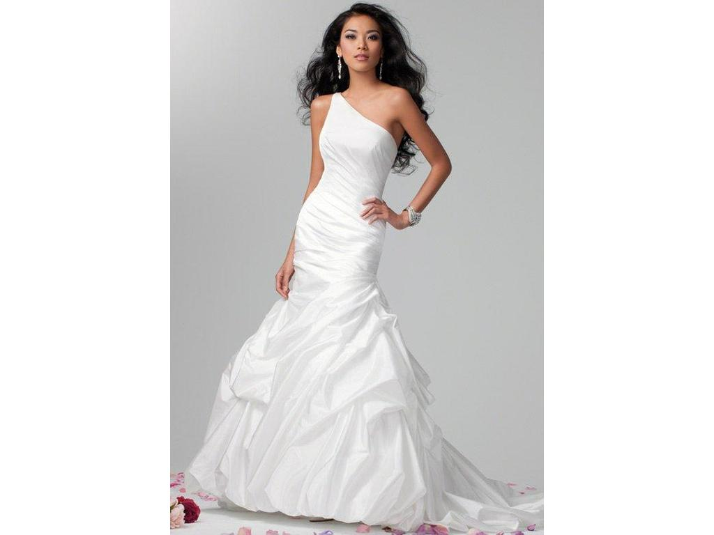 Alfred Angelo Style 2385 $700 Size 4