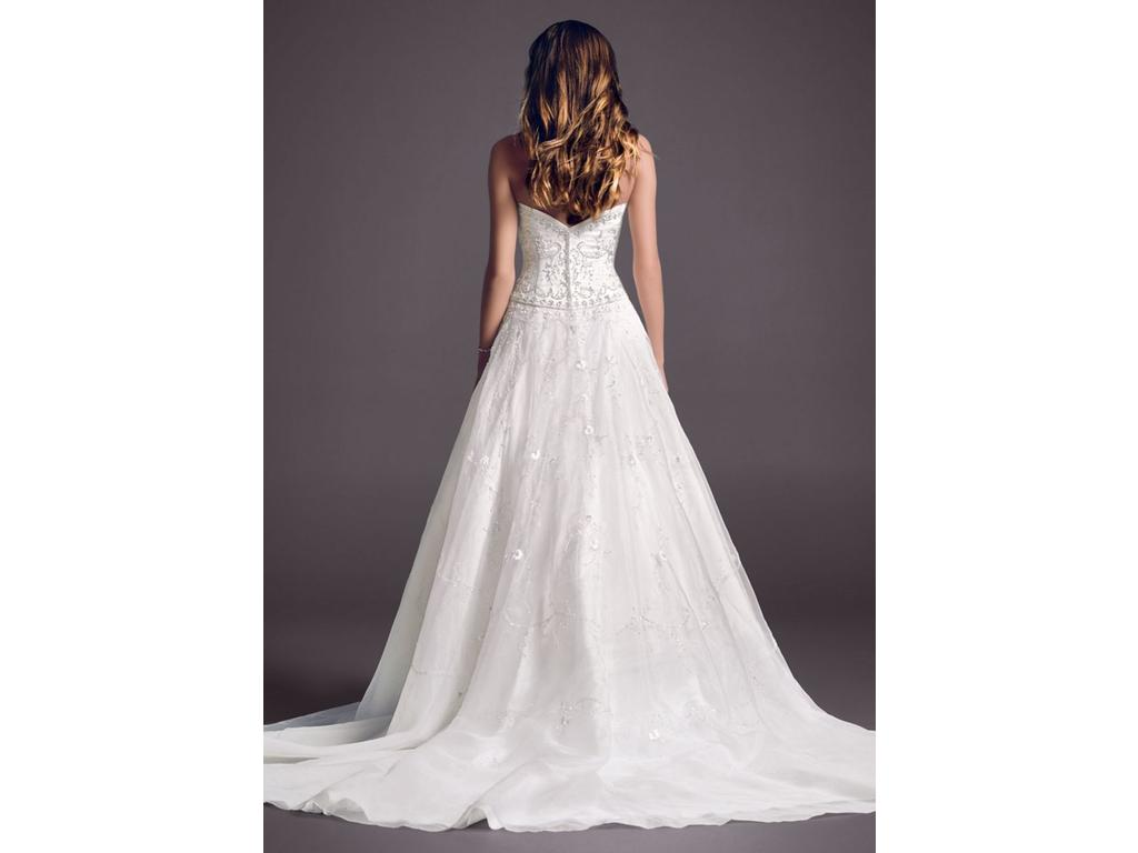 Wedding Dresses For USD 800 : Cassini size new un altered wedding dresses