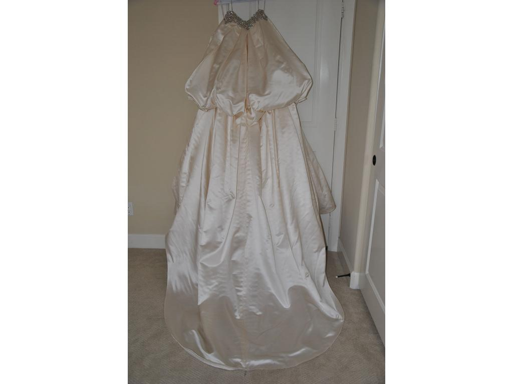 Inspired gowns pnina tornai 4 200 size 2 used for Wedding dress shades of white