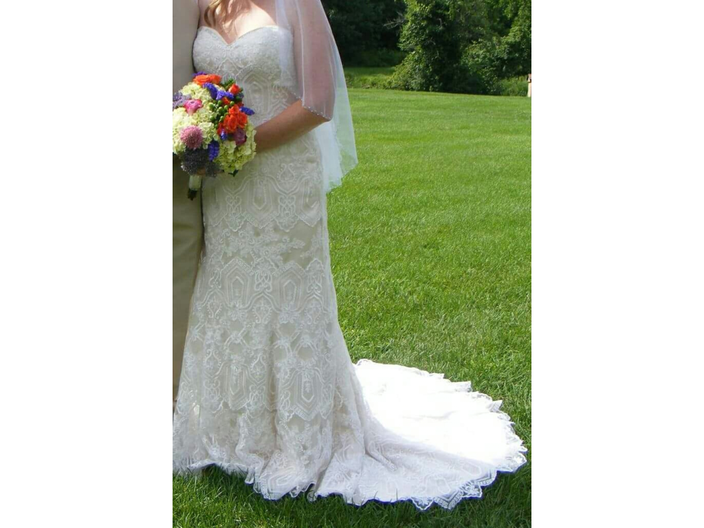 Used Wedding Gowns: Maggie Sottero Fredricka, $600 Size: 16