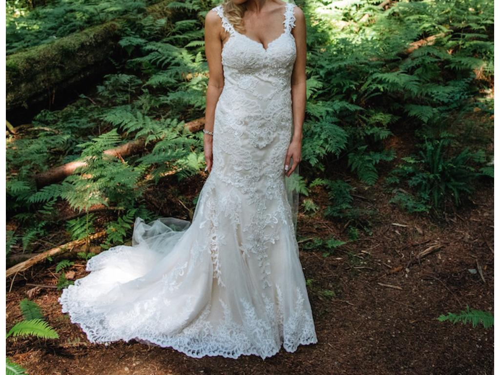 Jacquelin exclusive 16377 1 150 size 8 used wedding for Jacquelin exclusive wedding dresses