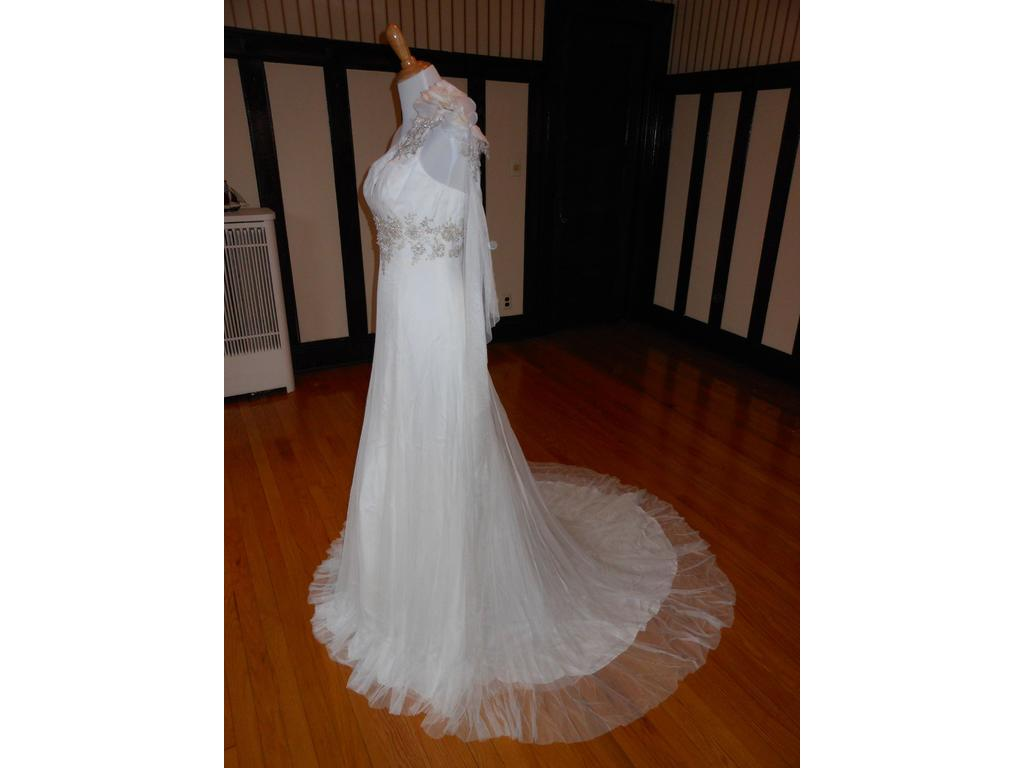 Lilly 99 size 12 new un altered wedding dresses for Wedding dresses for 99