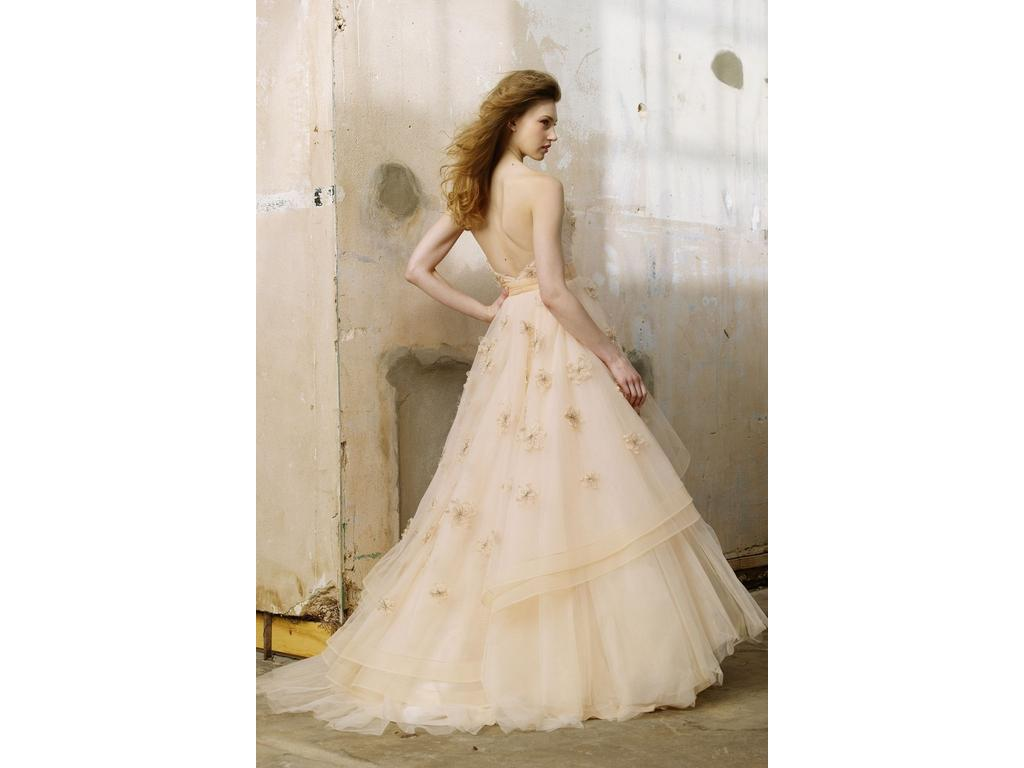 Wedding Dresses For USD 800 : Wtoo olivia wedding dress currently for sale at off retail