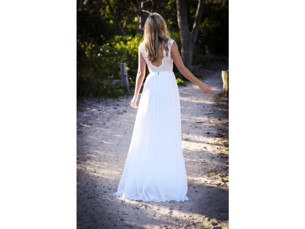 Other made with love mia 999 size 12 new un altered for Made with love wedding dresses