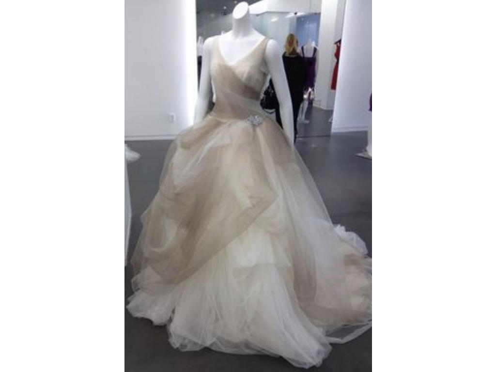 Vera Wang White Ombre Tulle Ball Gown w/ Pick Up Skirt / VW351157 ...