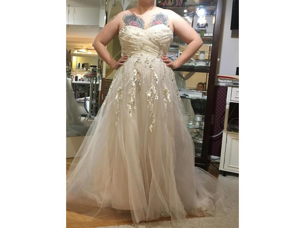 Hayley Paige Star, $1,000 Size: 16