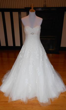 Pronovias Placet 10