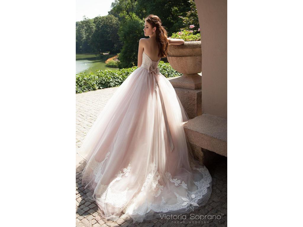 Other 3116 aleine 1 499 size 14 new un altered for Previously worn wedding dresses for sale