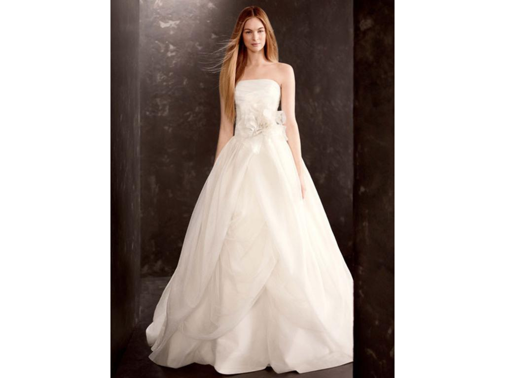 Vera wang vw351178 750 size 10 used wedding dresses for Vera wang wedding dress for sale
