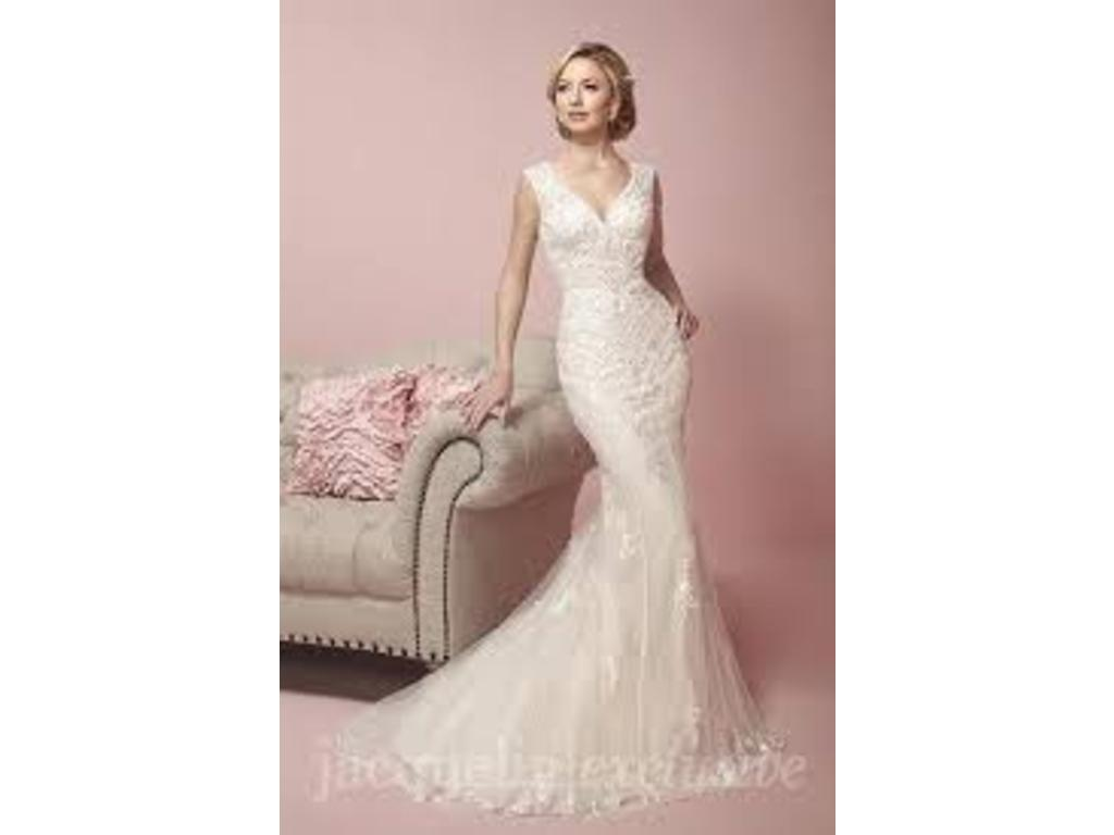 Jacquelin Exclusive 19058, $540 Size: 10 | Used Wedding Dresses
