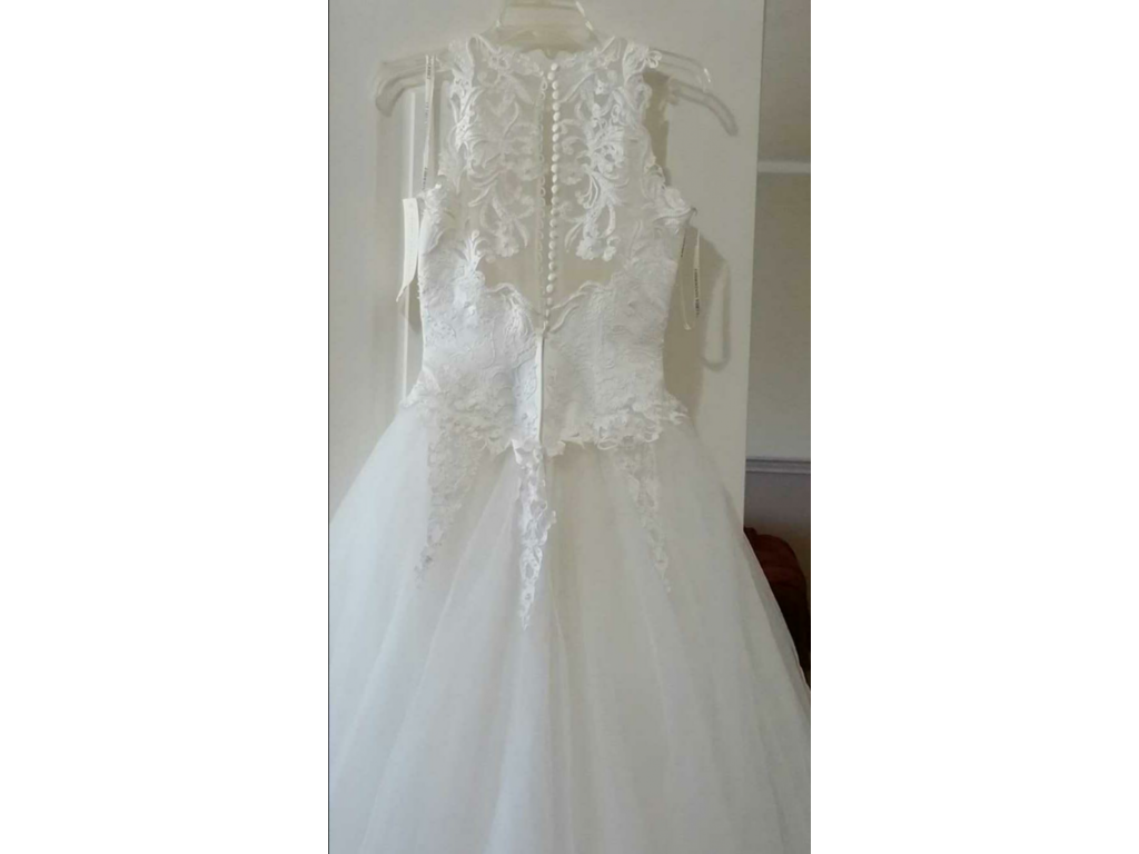 Other gloria vanderbilt 350 size 4 new un altered for Gloria vanderbilt wedding dress