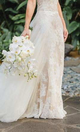 8dd0b87ca34e Monique Lhuillier L'Amour Overskirt Wedding Dress | Used, Size: 6, $950