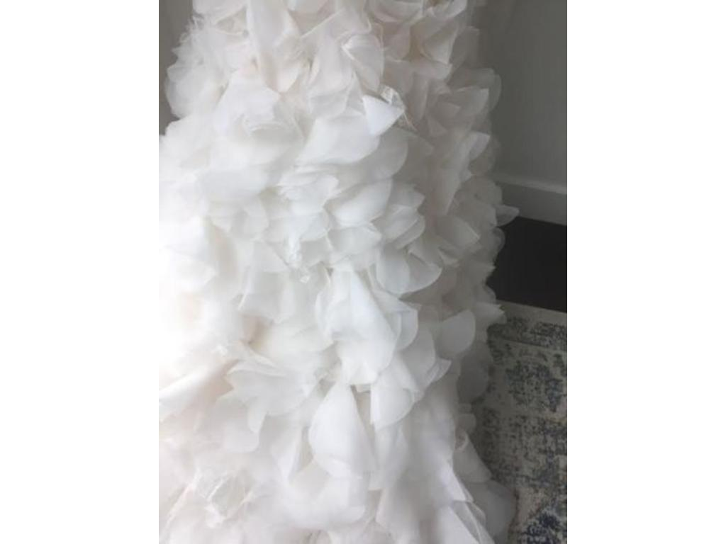 Vera wang white georgette vw351136 899 size 4 new un for White by vera wang georgette mermaid wedding dress