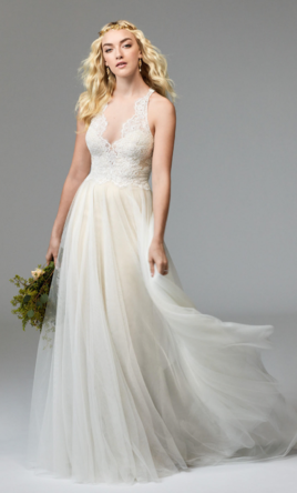 Beach Wedding Dresses | PreOwned Wedding Dresses