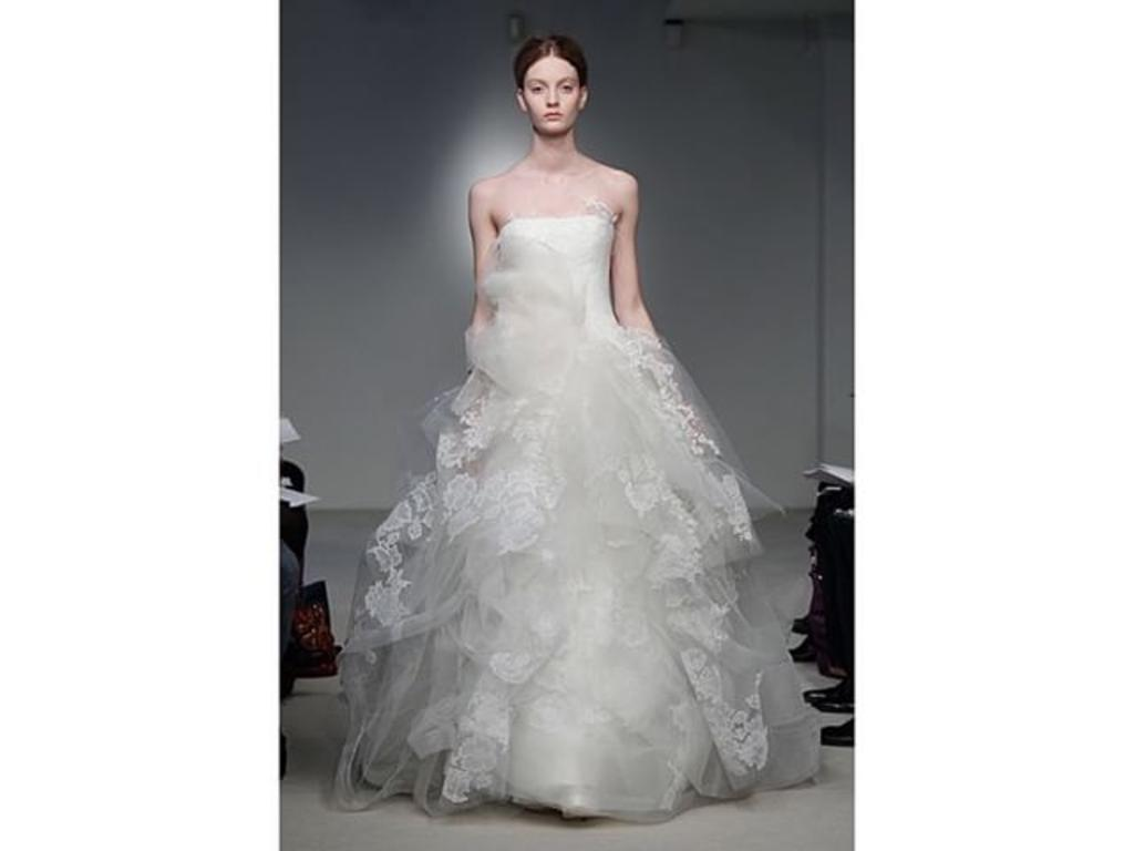 Vera wang helena luxe 5 995 size 8 used wedding dresses for Vera wang wedding dress used