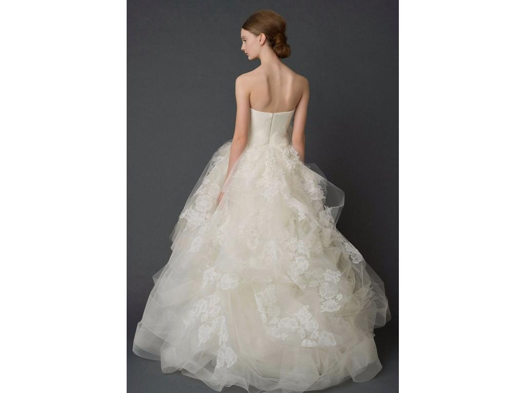 Vera wang helena luxe 3 999 size 8 used wedding dresses for Vera wang wedding dress used