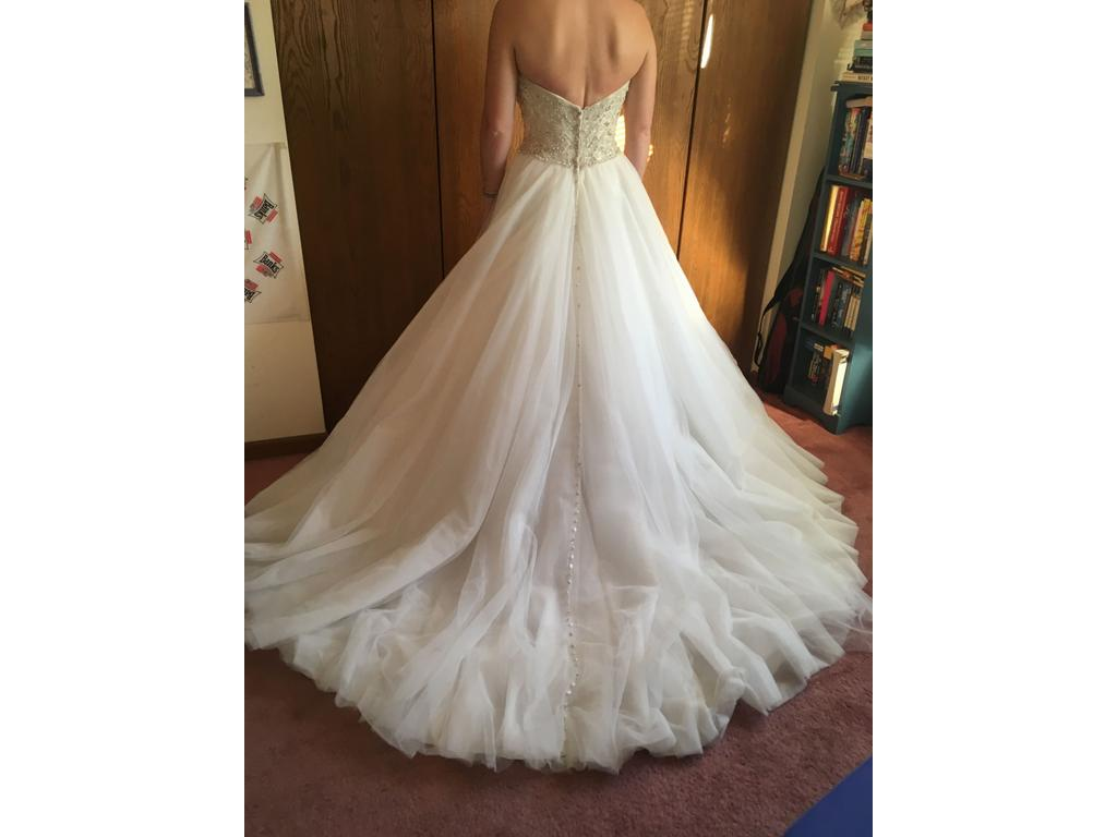 Allure bridals 9006 950 size 12 new un altered for Pre used wedding dresses