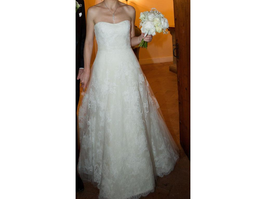 Vera wang esther 5 200 size 6 used wedding dresses for Used vera wang wedding dresses