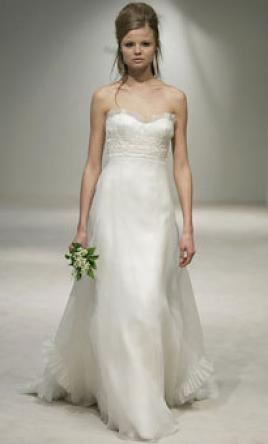 Vera Wang 11297 A-line ivory silk tissue organza gown, $1,600 Size ...