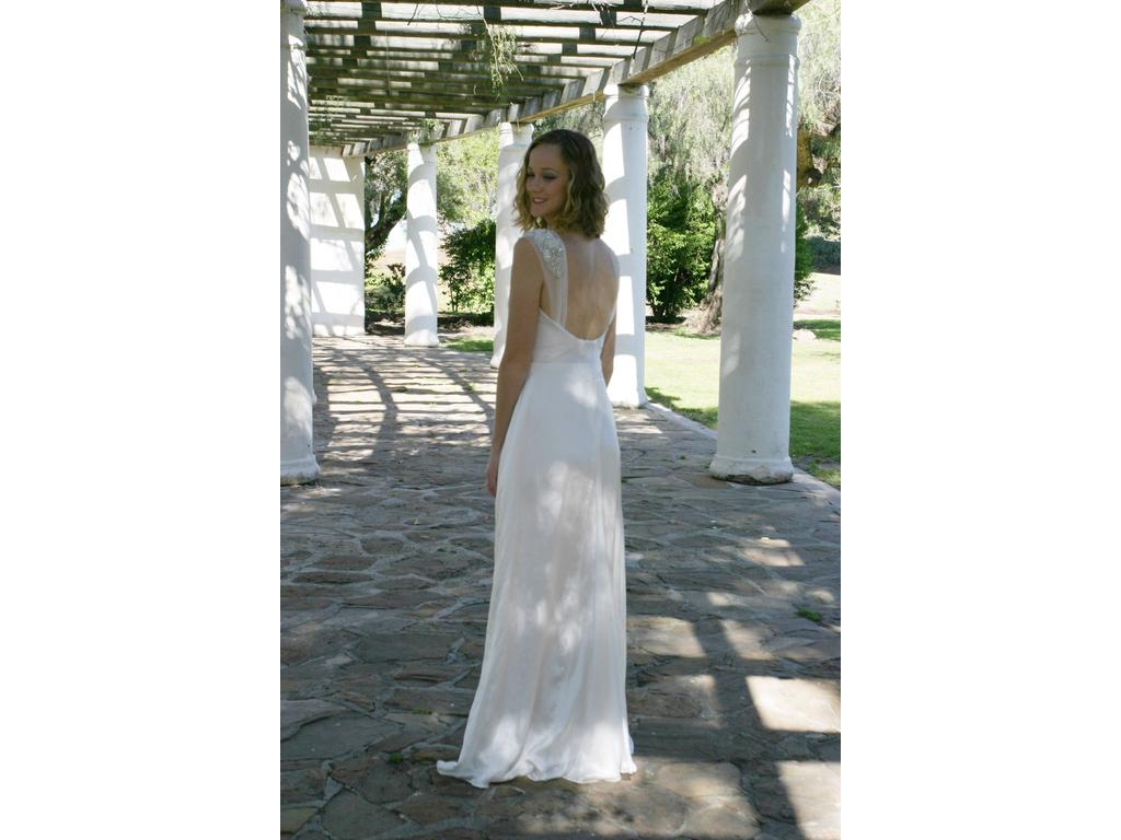 D 39 marie couture sophia 900 size 4 sample wedding dresses for Sell wedding dress san diego