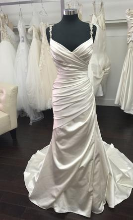 Pronovias Prunella 14