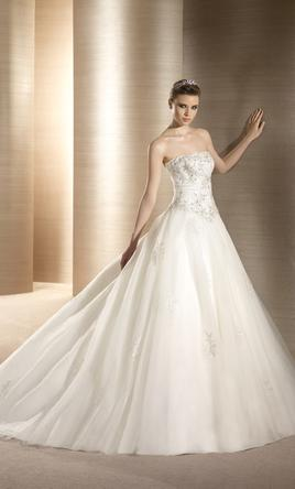 Pronovias Oropel 8