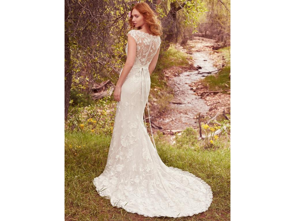 Maggie sottero gretchen 1 000 size 12 used wedding for Who sells maggie sottero wedding dresses