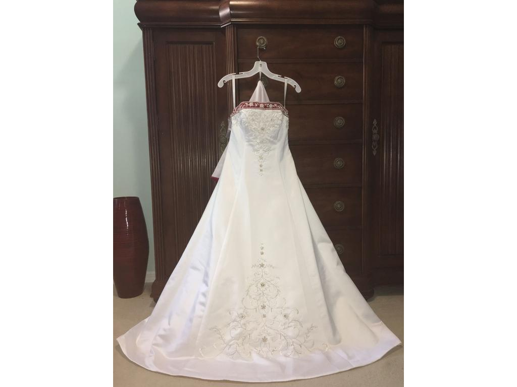 Alfred Angelo 1516 400 Size 4 New Un Altered