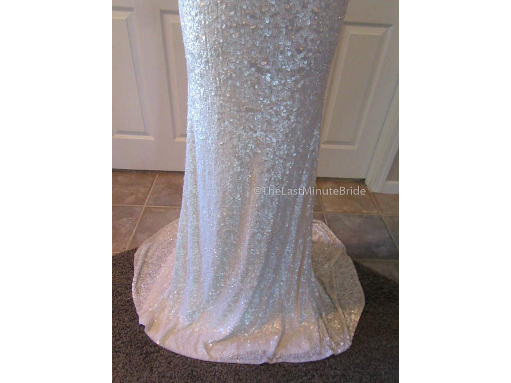 Theia Harlow 890060, $825 Size: 10   New (Un-Altered) Wedding Dresses