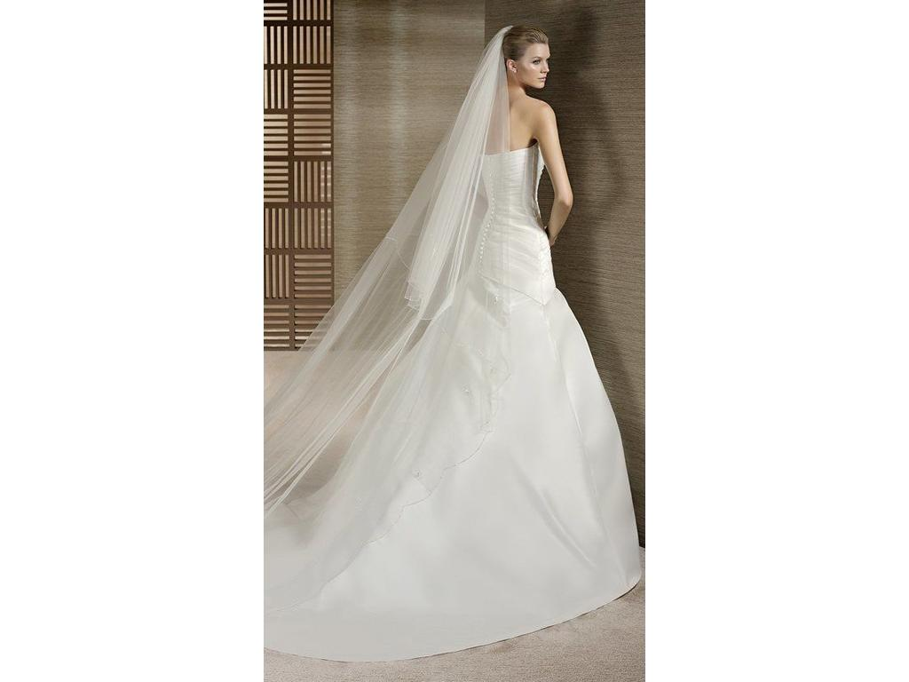 Pronovias taifa 199 size 14 new un altered wedding for Wedding dresses size 14