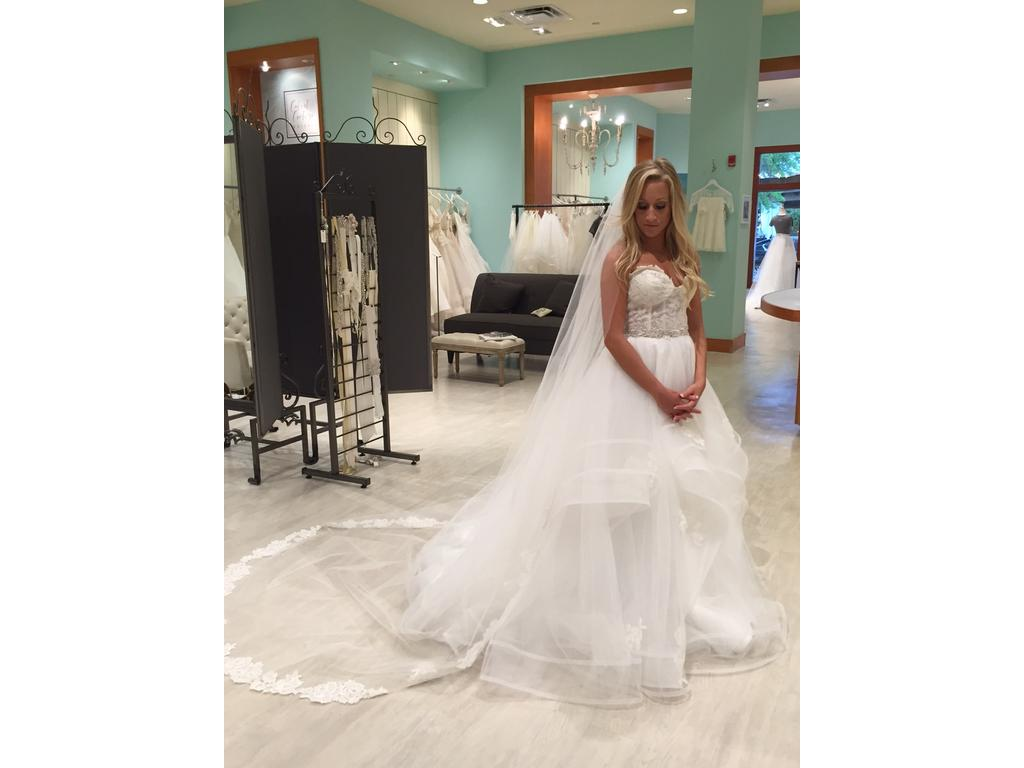 Hayley Paige Chantelle, $4,600 Size: 4 | New (Un-Altered) Wedding ...