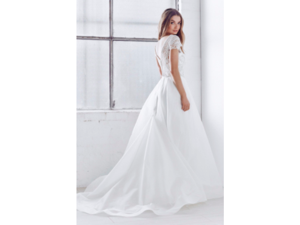 Anna Campbell Florence Organza 1 800 Size 8 Sample