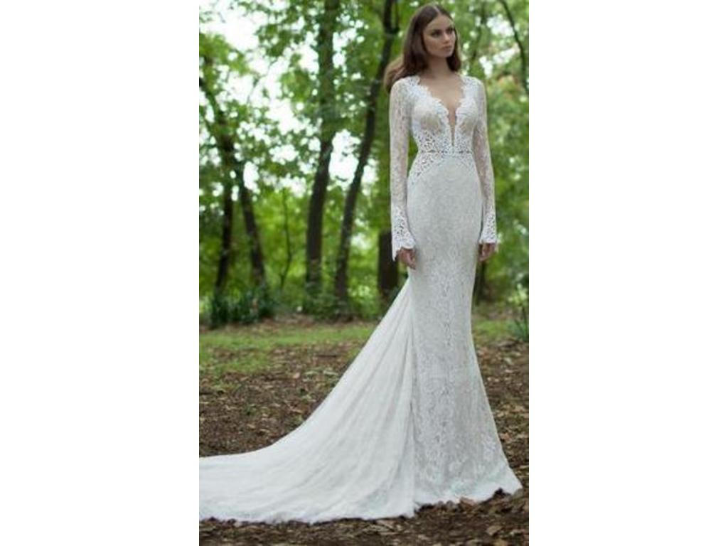 Berta 14 21 5 250 size 10 used wedding dresses for Previously worn wedding dresses for sale