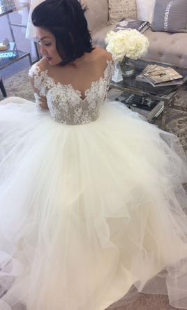 3d2e47beb421 Hayley Paige Pippa Wedding Dress | Sample, Size: 12, $1,250