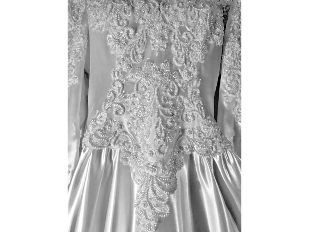 Private label by g 900 size 14 used wedding dresses for Private label wedding dresses