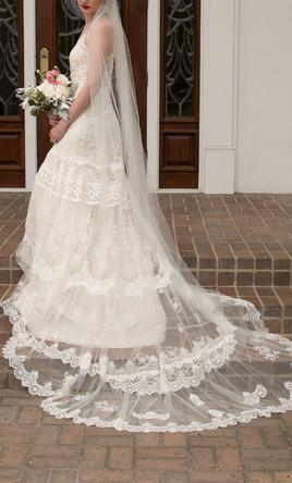 Yolancris Las Vegas 4 100 Size 10 Used Wedding Dresses