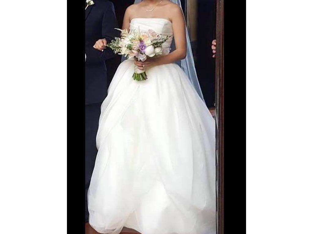 Vera wang white ball gown 500 size 2 new altered for Vera wang wedding dress for sale
