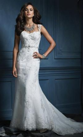 Alfred Angelo $680 Size: 0 | Used Wedding Dresses