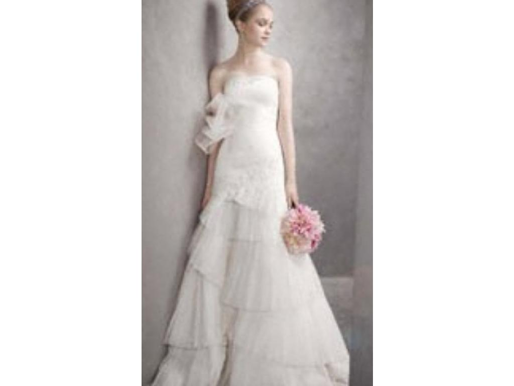 Vera wang white 900 size 10 used wedding dresses for Used vera wang wedding dresses