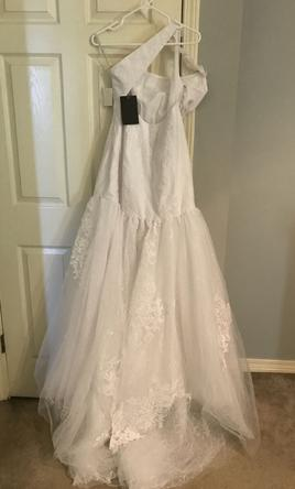8e54778e6bb59a Vera Wang White VW351287 Wedding Dress | New (Un-Altered), Size: 10 ...
