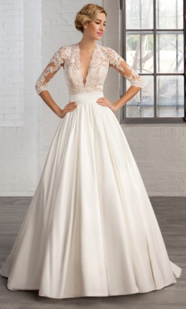 Cosmobella 7746, $900 Size: 18 | New (Un-Altered) Wedding Dresses
