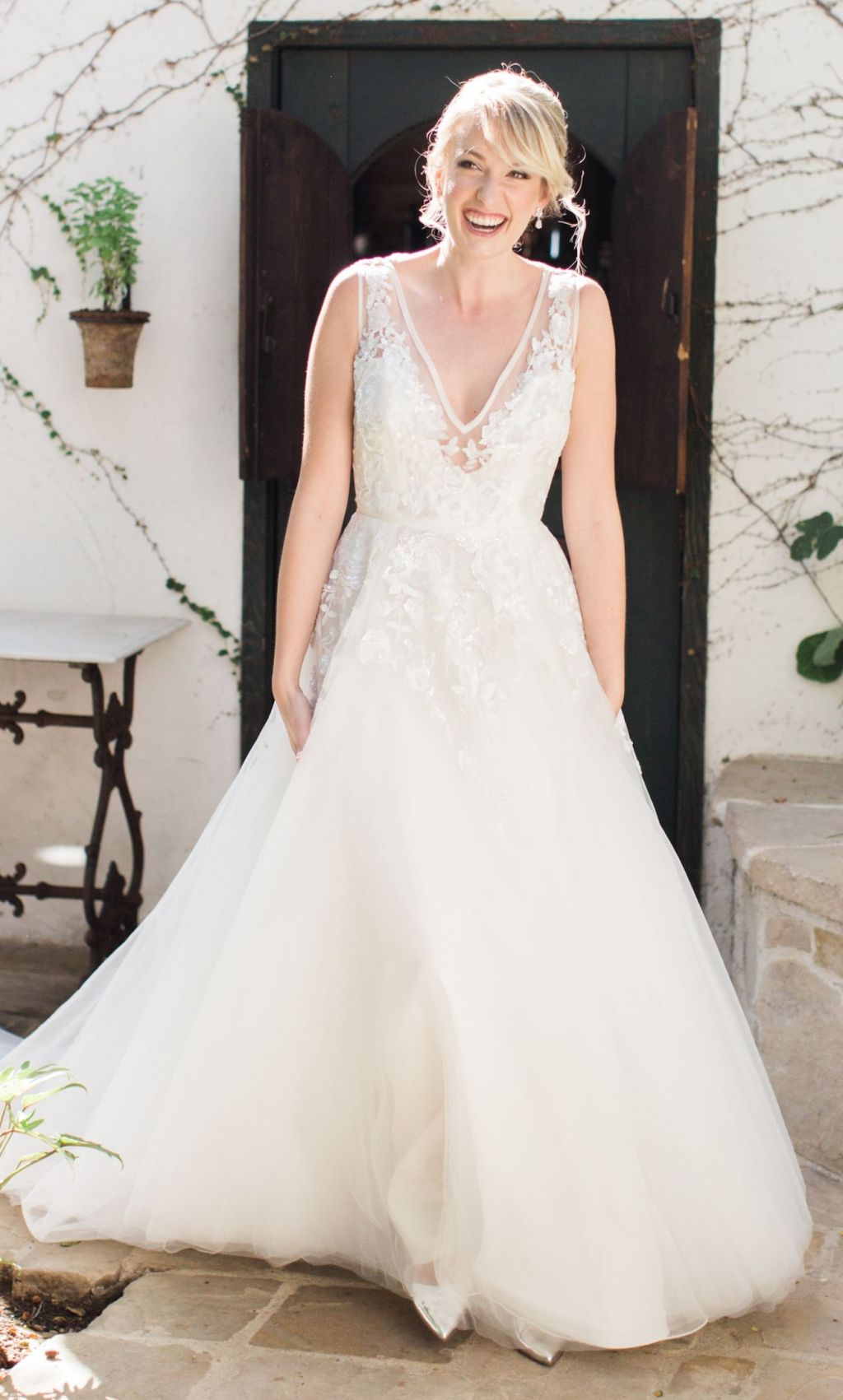 Hayley Paige Leah 6604 2500 Size 10 Used Wedding Dresses