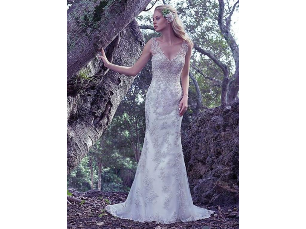 Maggie Sottero Greer, $900 Size: 12 | Used Wedding Dresses