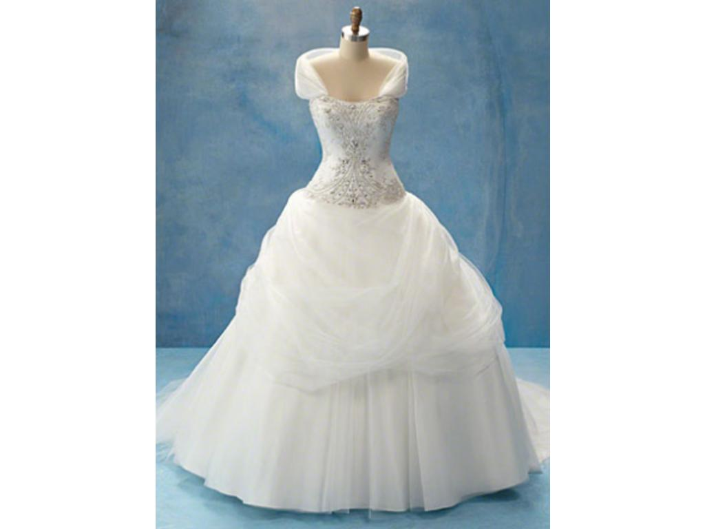 Alfred Angelo 206, $999 Size: 16   New (Un-Altered) Wedding Dresses