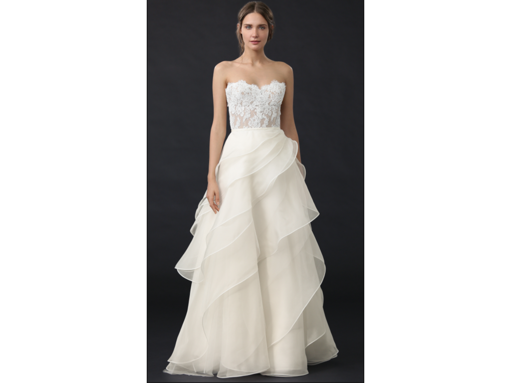 Reem Acra She\'s In Love / 5319, $2,500 Size: 16   Used Wedding Dresses